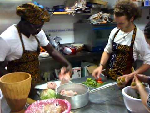 En la cocina - Guinea Bissau parte 1