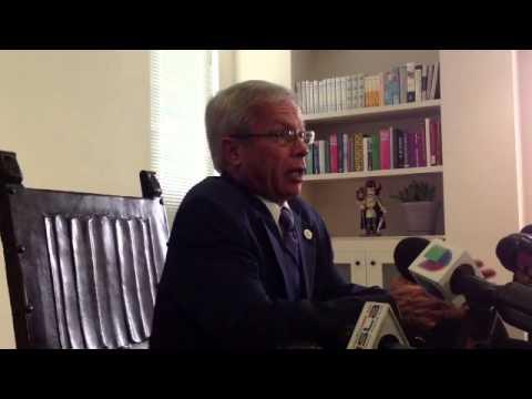Qik - Renuncia Presidente UPR Miguel Muñoz by Foro Noticioso