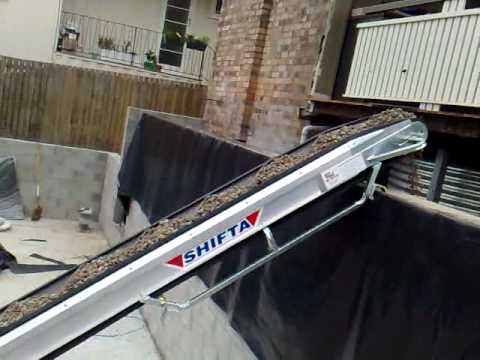 How To Back Fill A Retaining Wall With A Portable Conveyor