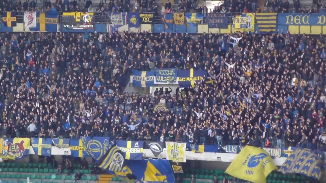 Hellas Verona - Pisa: Tifo Curva Sud Verona. - YouTube