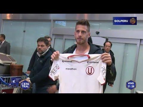 Germán Denis llega a Lima para reforzar a Universitario de Deportes
