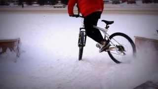 дрифт на велосипеде(как дрифтовать на велосипеде (дрифт зимой) bike drift snow., 2012-02-23T17:12:04.000Z)