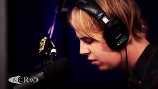 Repeat youtube video Tom Odell performing