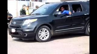 Nicolas Maduro con las Camionetas de la Burguesía