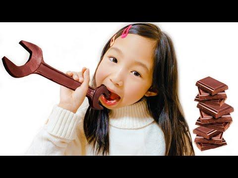 Yume And Rena Staged A Chocolate Challenge  التحدي الشوكولاته