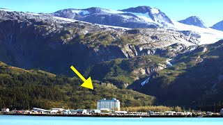 Почему жители этого города живут в одном доме? Изолированный между горами и морем - Уиттиер, Аляска. смотреть онлайн в хорошем качестве - VIDEOOO