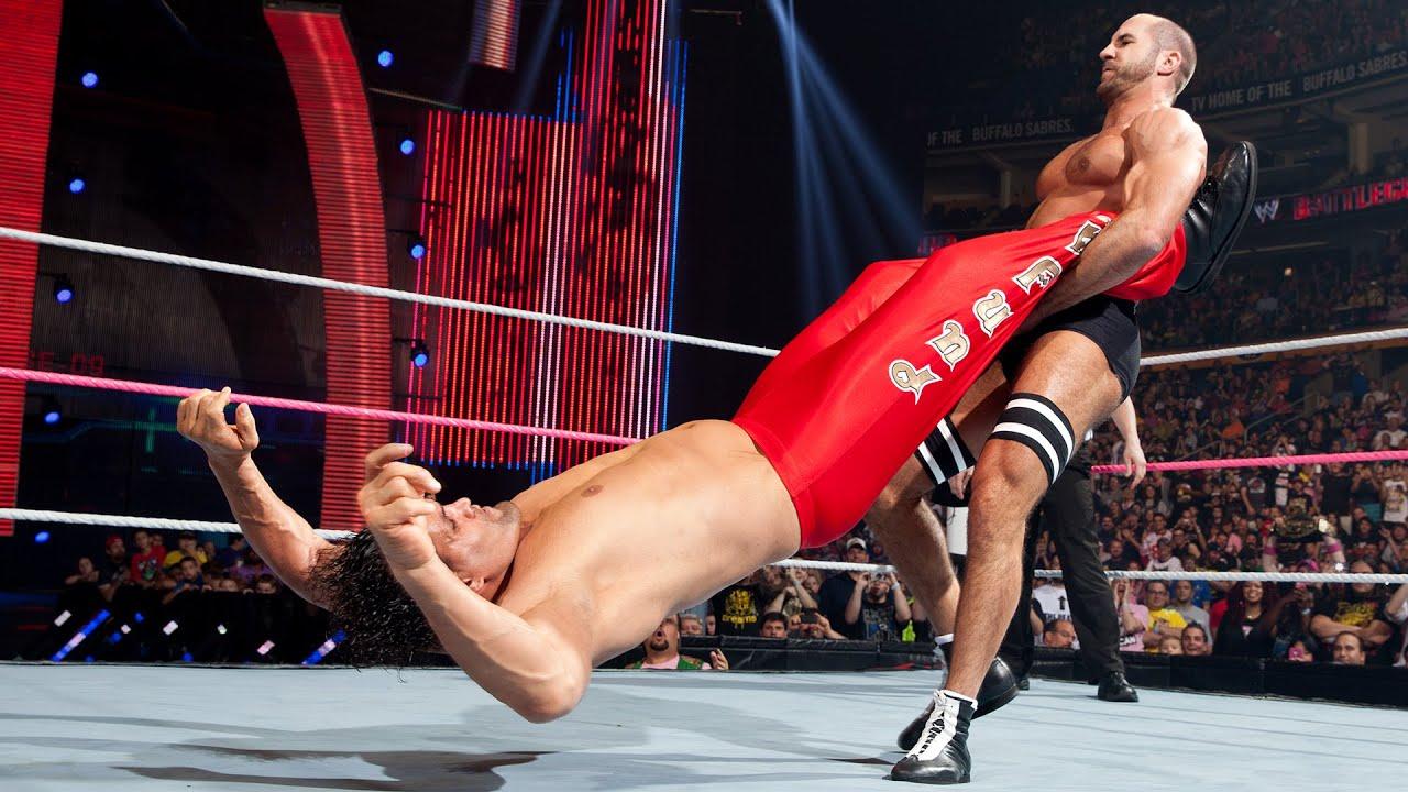 Cesaro's feats of strength: WWE Playlist - YouTube