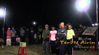 Sulap Lucu - Debus Akrobatik Hipnotis Pertunjukan Ular Raksasa Penjual Jamu Di Lapangan