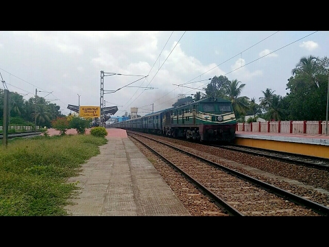 22654 NZM TVC Super Fast - The only day train which skips Chengannur