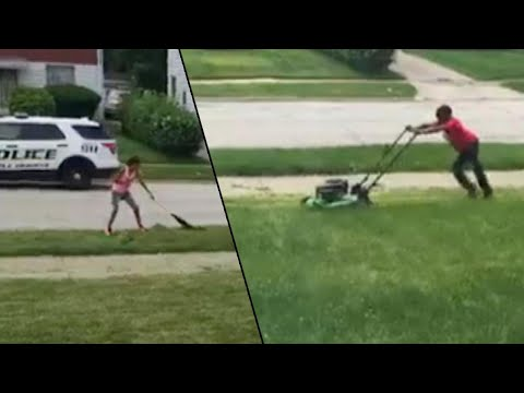 Ohio Community Helps Boy's Lawn Cutting Business After Cops Were Called on Him