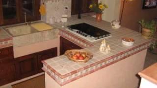 Cucina Penisola in Muratura e Grès