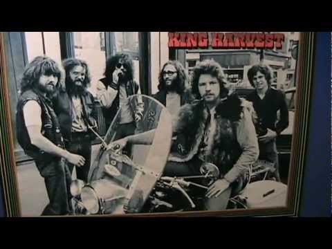 King Harvest  Dancing In The Moonlight  original STEREO