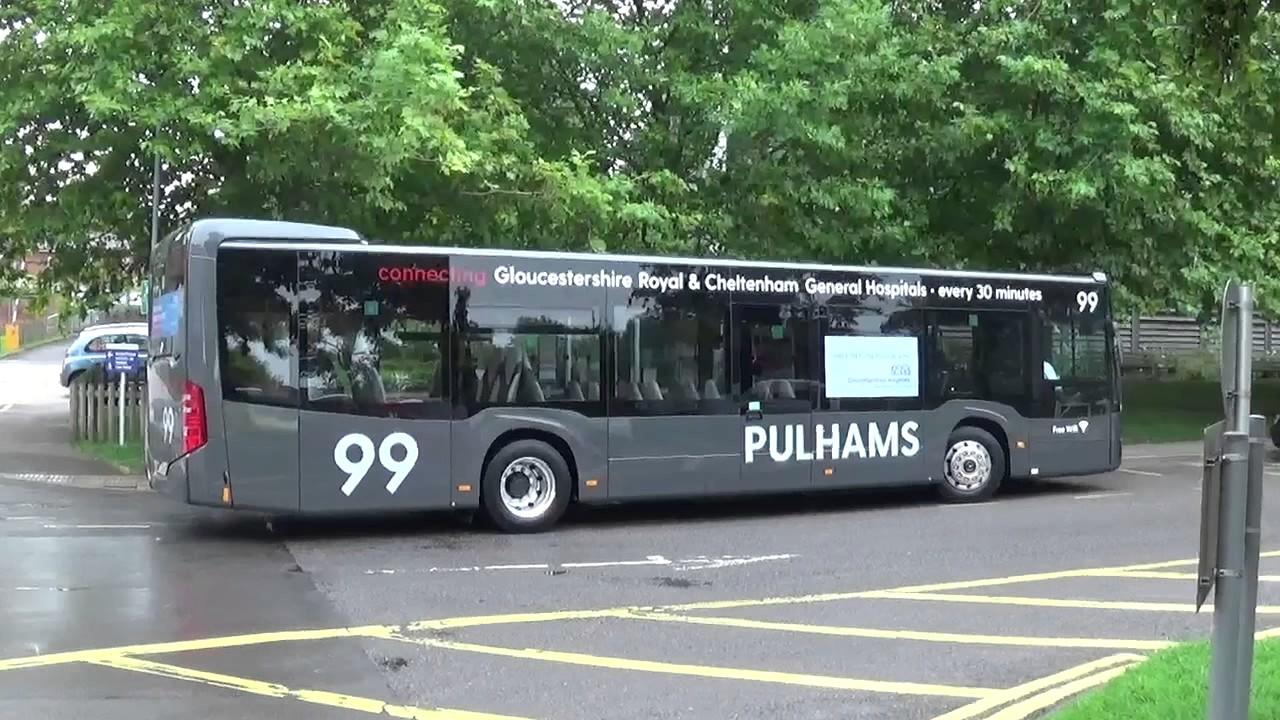 PULHAMS ROUTE 99 BUSES AT GRH 140817