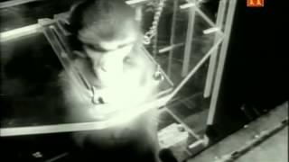 El Almacén de Ovnis - Hangar 18 - (Documental)