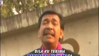 Download lagu Imam S Arifin - Menari Di Atas Luka (Official Music Video)