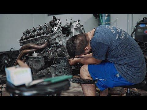 Tearing down Satan's 1,000hp Coyote Engine!
