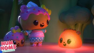 Glowing! | Num Noms | Videos For Kids