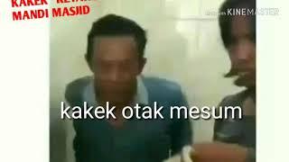 Ketahuan mesum di kamar mandi masjid