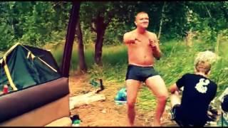 Мужик классно танцует РЖАЧ