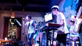 Download Lagu The Script - The Man Who Can't Be Moved (Cover By Zheez) Mp3