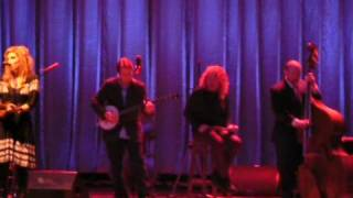 Alison Krauss & Robert Plant perform Sister Rosetta