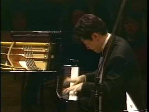 PIOTR BORKOWSKI conducts L. van BEETHOVEN - PIANO CONCERTO No 5 - 1st movement - 2nd part
