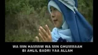 Video Wafiq Azizah-Sholawat Badar download MP3, 3GP, MP4, WEBM, AVI, FLV Desember 2017