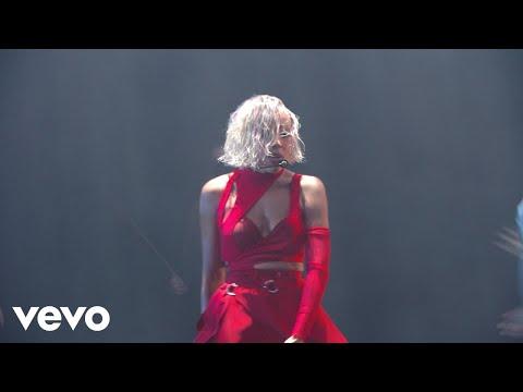 Doja-Cat-Been-Like-This-You-Right-Medley-2021-MTV-VMAs
