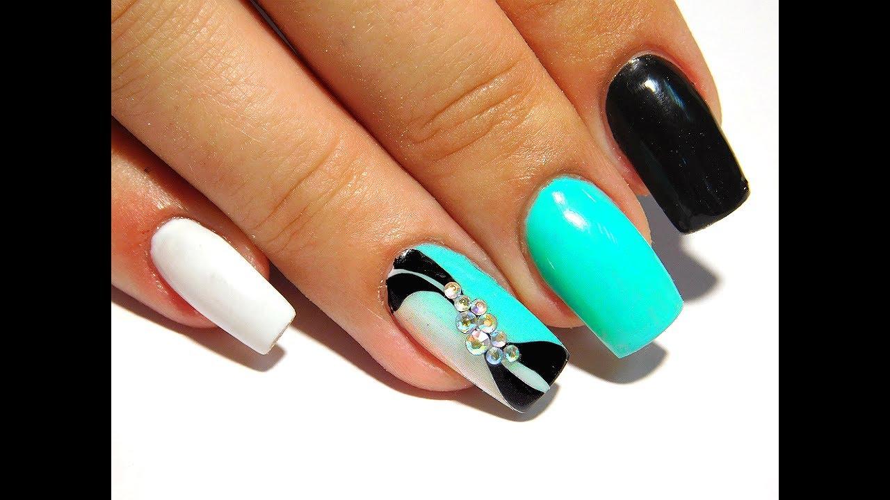 turquoise gradient nail art
