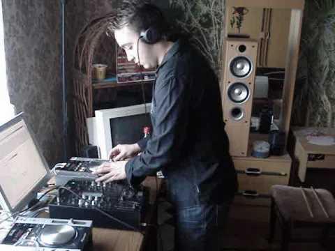 3/9 DJ. HANSI - Hands Up! Session