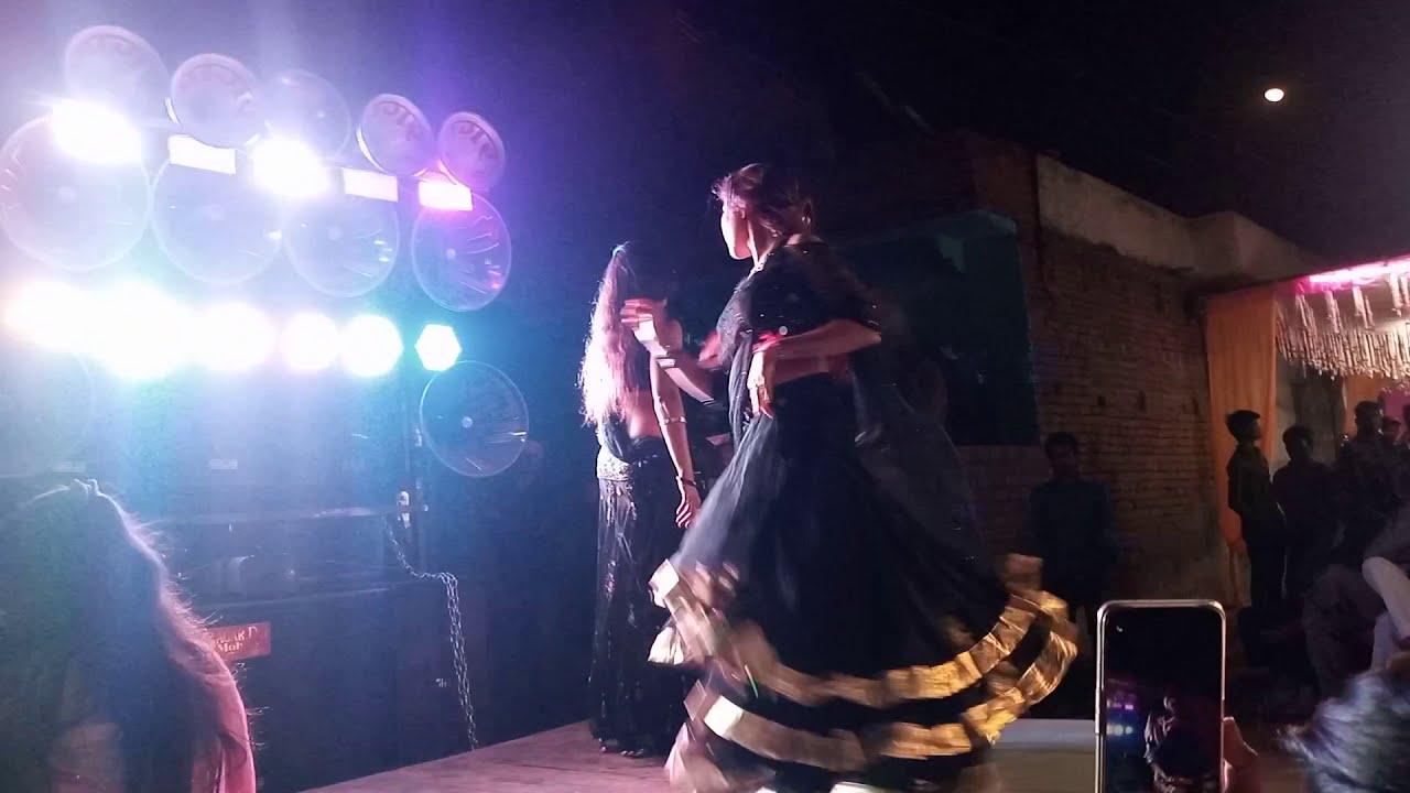 Download hot Randi dance video in village