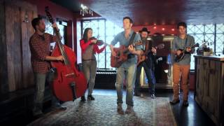 Lynn Taylor & The Barflies || The Attic Sessions
