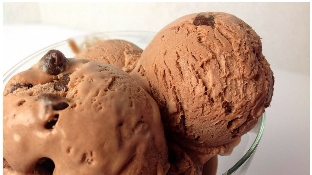 Homemade Chocolate Ice Cream Recipe Egg Less No Machine By Huma In The Kitchen Youtube