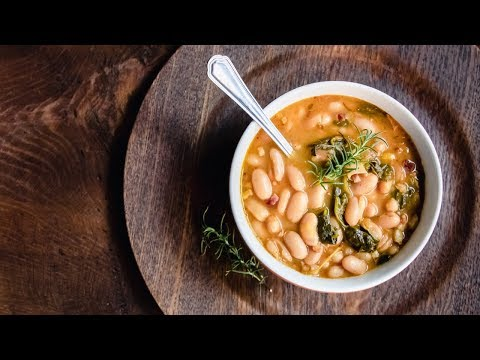 How to Make Italian White Bean Soup