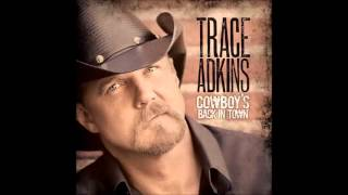 Watch Trace Adkins Pictures On Mantles video