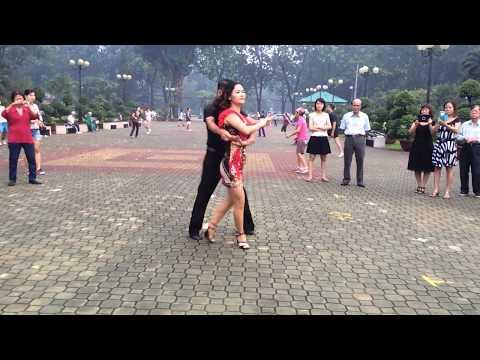 Bachata nâng cao bài 2 - CLB Khiêu vũ Nhịp sống vui