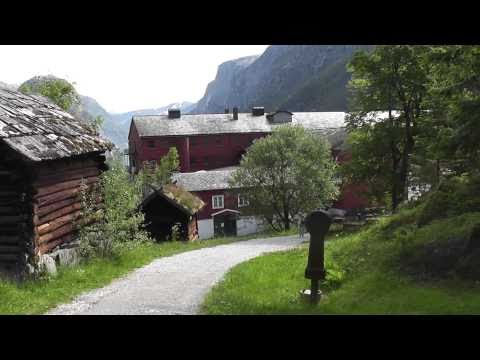 Travel video: Old Village Stahleim Hotel and Tvinde Waterfall, Norway in HD
