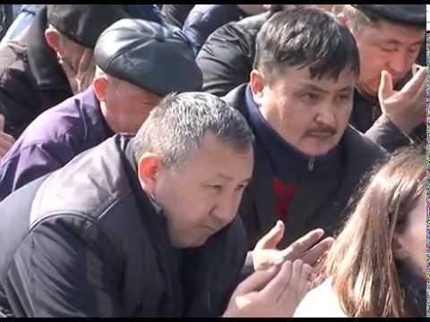 Митинг памяти погибших в Жанаозене в 2011 году