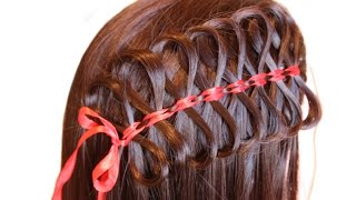 Прическа с лентами очень красивое плетение! Weaving hair with ribbons is a beautiful hairstyle!