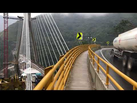 Colombia: Rescue efforts at collapsed bridge end