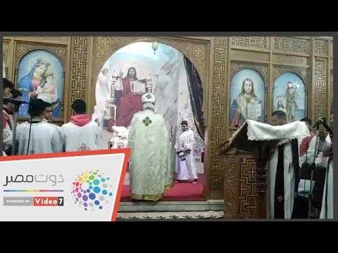 أقباط مطروح والمهنئين يحتفلون بعيد الميلاد المجيد فى كنيسة العذراء