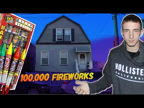 WORLDS LOUDEST FIREWORKS  IN FRONT OF MICHAEL LUZZI'S HOUSE ! *PRANK*