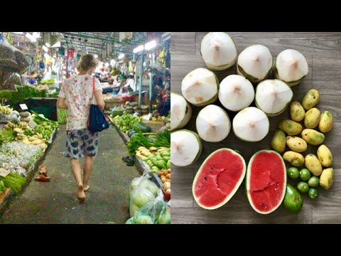 BAREFOOT at best BANGKOK FRUIT MARKET