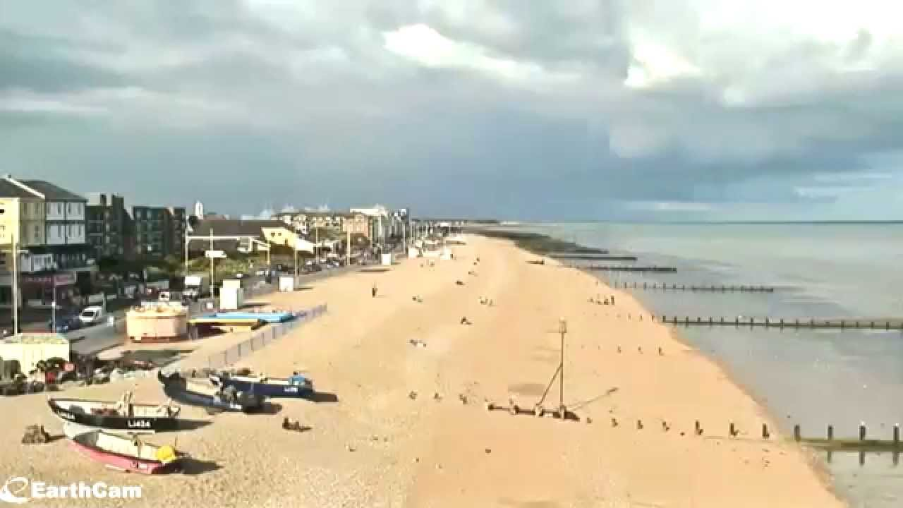 Timelapse of Bognor Regis Beach in the afternoon on the 29th June 2014 -  YouTube