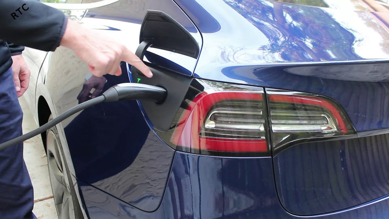 Tesla Model 3 - How To: Insert the Charging Cable - YouTube