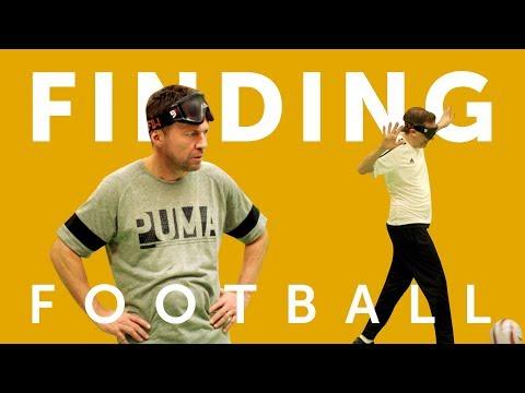 FINDING FOOTBALL WITH HENNING WEHN & LOTHAR MATTHÄUS | FC BAYERN MÜNCHEN VS FC KÖLN/ BLIND FOOTBALL