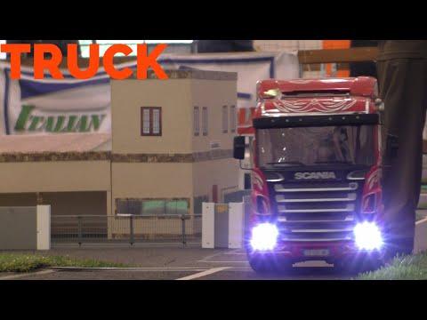 RC Scale model Trucks -  Modellismo camion una città in miniatura - Hobby Model Expo Spring 2015