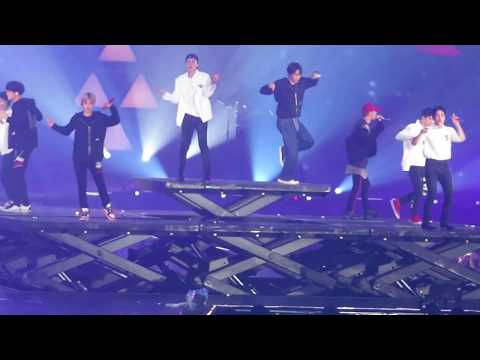 [FANCAM] 180602 EXO ElyXiOn in HK Day1- DON'T GO 나비소녀