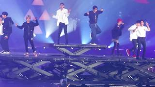 Gambar cover [FANCAM] 180602 EXO ElyXiOn in HK Day1- DON'T GO 나비소녀