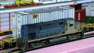 Custom Weathered Atlas Gold Line C420 Lehigh and Hudson River #26
